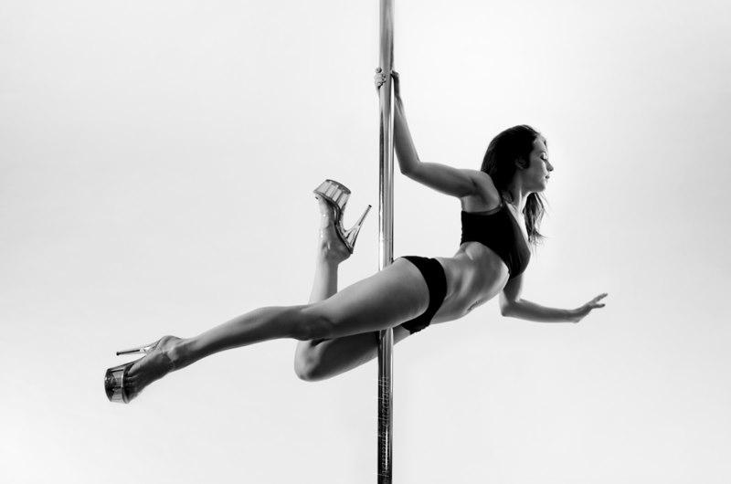 danseuse-pole-dance
