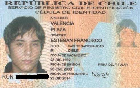 En Chile, Esteban Valencia Plaza registro las letras ASDF como su firma, que no tienen relación alguna con sus iniciales.