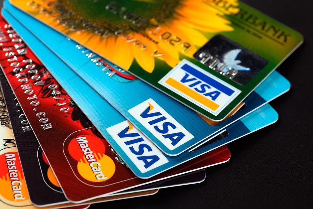 tarjeta de crédito escolta mamada