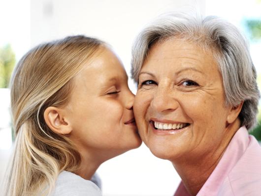 Bautizar con un sobrenombre a la abuela ¿Cómo elegirle un