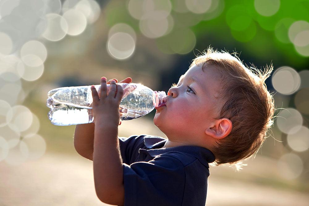 Cómo purificar agua para beber